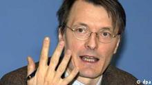 Karl W. Lauterbach, Gesundheitsökonom, Mitglied des Sachverständigenrates und der Rürup-Kommission, aufgenommen am 23.4.2003 in Berlin.