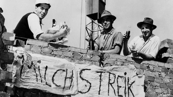 Mülheimer Milchstreik 1955 (Foto: Ullstein)