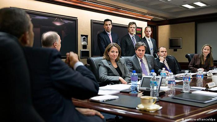 epa03743404 A handout photograph made available by the White House on 13 June 2013 shows US President Barack Obama attending a meeting in the Situation Room of the White House, 02 April 2013. Seated, from left, are: National Security Advisor Tom Donilon; Lisa Monaco, Deputy National Security Advisor for Homeland Security and Counterterrorism; Tony Blinken, Deputy National Security Advisor; Ben Rhodes, Deputy National Security Advisor for Strategic Communications; and Avril Haines, Deputy Counsel to the President. Standing, from left, are: Brett Holmgren, NSS Director for Counterterrorism; Chris Fonzone, Special Assistant and Associate Counsel to the President; and Brad Smith, Deputy Legal Advisor. EPA/PETE SOUZA / THE WHITE HOUSE / HANDOUT This official White House photograph is being made available only for publication by news organizations and/or for personal use printing by the subject(s) of the photograph. The photograph may not be manipulated in any way and may not be used in commercial HANDOUT EDITORIAL USE ONLY/NO SALES +++(c) dpa - Bildfunk+++