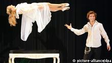 Jan Rouven Illusionist Magier Künstler Show