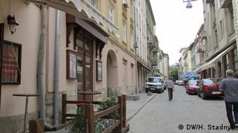 Центр колишнього єврейського кварталу - вулиця Староєврейська