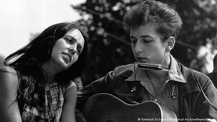 Bob Dylan and Joan Baez at the Civil Rights March in 1963. Photo by Rowland Scherman/National Archive/Newsmakers