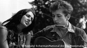 Bob Dylan e Joan Baez na Marcha pelos Direitos civis nos EUA em 1963