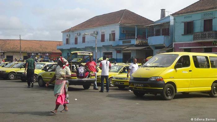 Uma praça em São Tomé e Príncipe