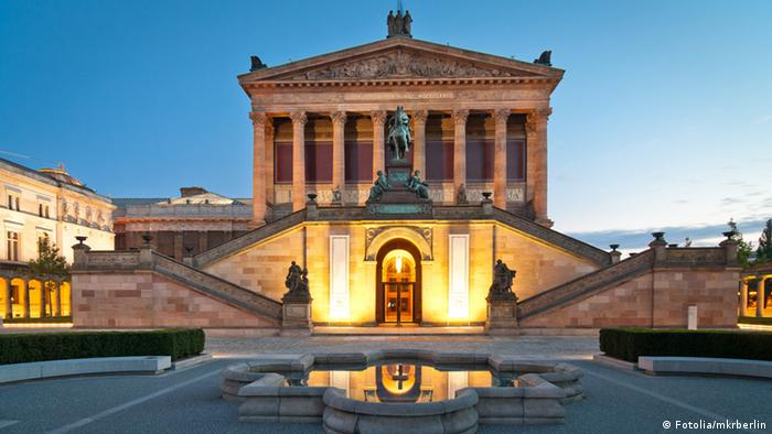 Alte Nationalgalerie Berlin beiNacht, Copyright: Fotolia/mkrberlin