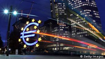 Ευρωζώνη: «Η οικονομία έχει τις δυνατότητες να ξεπεράσει τις επιπτώσεις της χρηματοοικονομικής κρίσης», γράφει η SZ