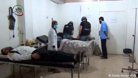 بدء إجلاء مدنيين ومقاتلين من أربع مناطق سورية محاصرة