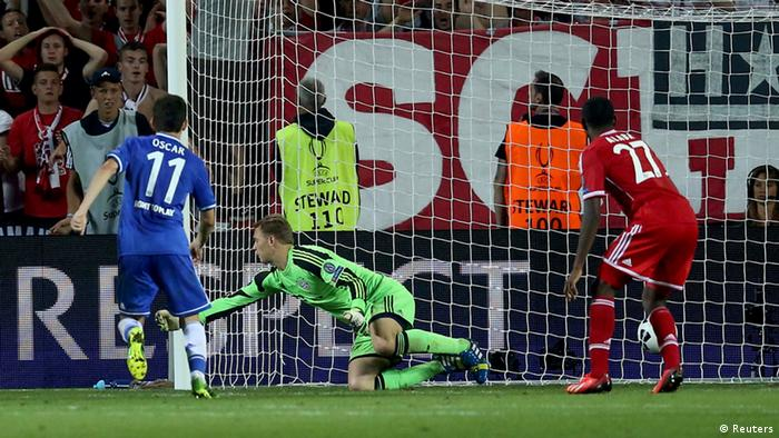Chelsea's Eden Hazard (not pictured) scores in extra time during their UEFA Super Cup soccer match against Bayern Munich at Eden stadium in Prague August 30, 2013. REUTERS/Petr Josek (CZECH REPUBLIC - Tags: SPORT SOCCER)