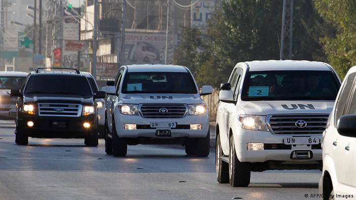 A UN convoy of vehicles, carrying inspectors investigating allegations of the Syrian regime's use of chemical weapons, drives through the Lebanese village of Taanayel after crossing into Lebanon from Syria on August 31, 2013. (Photo: ANWAR AMRO/AFP/Getty Images)