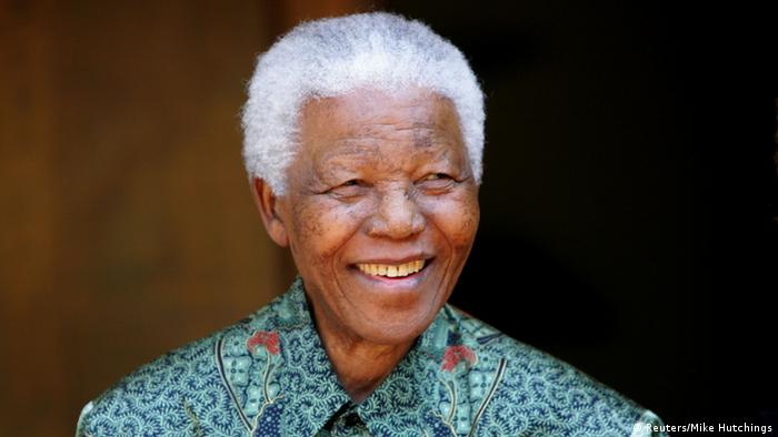 Nelson Mandela aus dem Krankenhaus entlassen