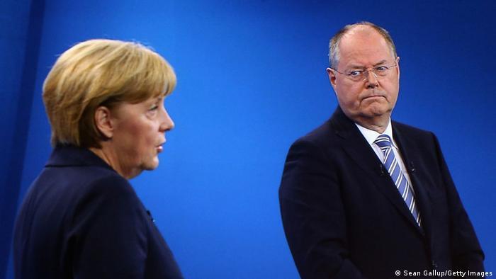 Kanzlerkandidat Peer Steinbrück und Angela Merkel (Foto: Sean Gallup/Getty Images)