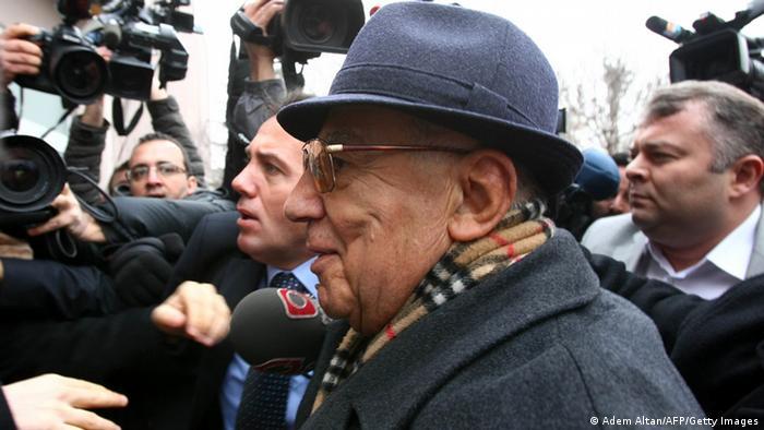 General Ismail Hakki Karadayi Hauptangeklagte Archiv 03.01.2013