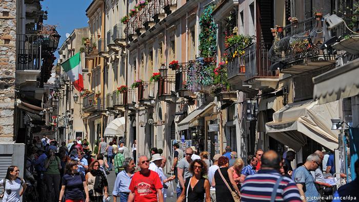 На вулицях сицилійської Таорміни
