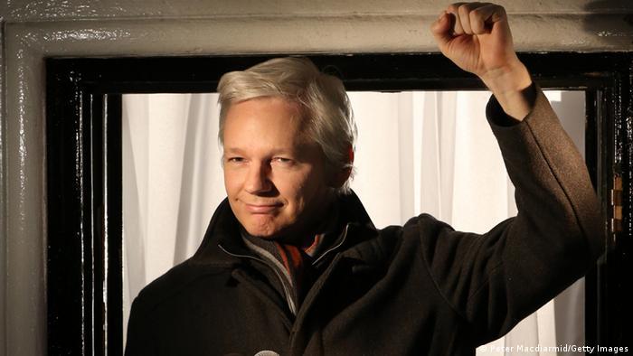 Julian Assange ecuadorianische Botschaft Nacht (Peter Macdiarmid/Getty Images)