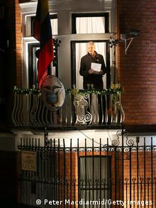 Julian Assange ecuadorianische Botschaft Nacht
