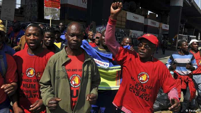 Members of the National Union of Mine (NUM) take part in a strike . Photo: Ihsaan Haffejee (REUTERS)