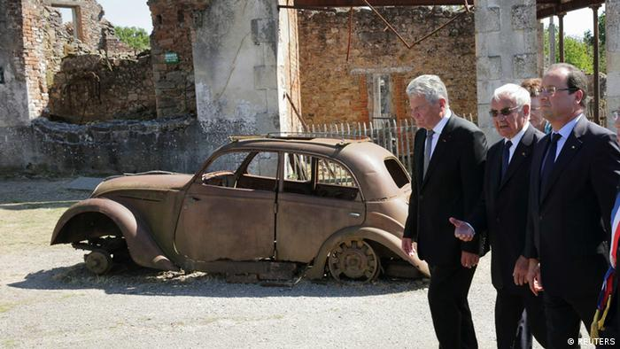 Gauck und Hollande in Oradour-sur-Glane 04.09.2013 (Foto: Reuters)