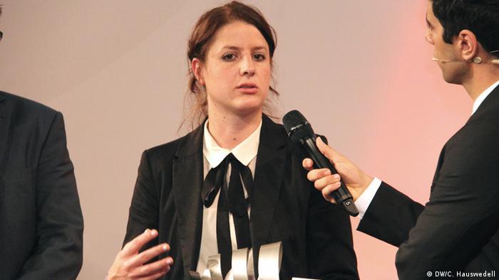 Marcela Peláez, Preifträgerin des Deutschen Medienpreis Entwicklungspolitik 2013 für Lateinamerika bei der Preisverleihung am 14. August 2013. *** Charlotte Hauswedell, Deutsche Welle