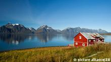 Norwegen Herbst am Fjord