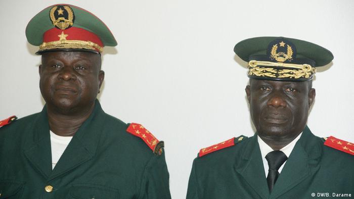 Guinea-Bissau Antonio Indjai und Mamadu Ture (DW/B. Darame)