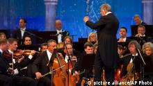 Indien Zubin Mehta mit dem Orchester der Bayerischen Staatsoper in Srinagar 07.09.2013