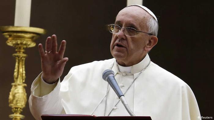پاپ فرانسیسکوس برای چندمین بار در هفتههای اخیر مخالفت خود با حمله نظامی به سوریه را اعلام کرد