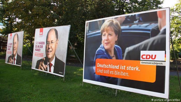 Wahlplakate mit Kanzlerin Merkel und SPD-Kanzlerkandidaten Peer Steinbrück (Foto:dpa)