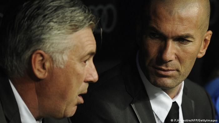 Zinedine Zidane Co Trainer Real Madrid und Carlo Ancelotti