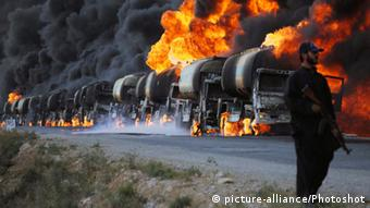 Attack on a NATO convoy (Photo: picture-alliance/Photoshot)