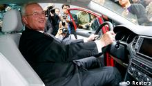 Volkswagen CEO, Martin Winterkorn poses for photographers during the Volkswagen group night at the Frankfurt motor show September 9, 2013. The world's biggest auto show is open to the public September 14 -22. REUTERS/Ralph Orlowski (GERMANY - Tags: BUSINESS TRANSPORT)