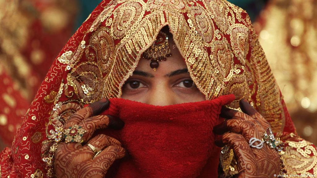 Dowry thrives in modern India | Asia| An in-depth look at news from across  the continent | DW | 10.09.2013