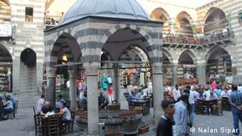 Hasanpaşa Hani, eine Art traditionelles Café, in Diyarbarkir (Foto: DW/Nalan Sipar)