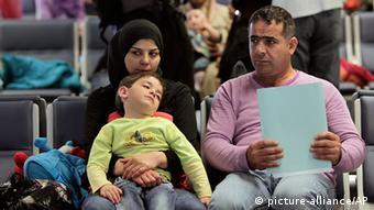 Libanon Syrien Bürgerkrieg Flüchtlinge in Beirut Flughafen auf dem Weg nach Deutschland