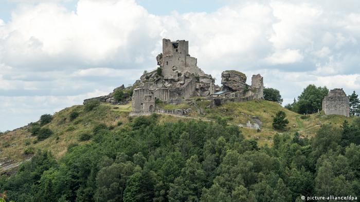 Die Burgruine Flossenbürg ist heute das Wahrzeichen des Naturparks Nördlicher Oberpfälzer Wald.