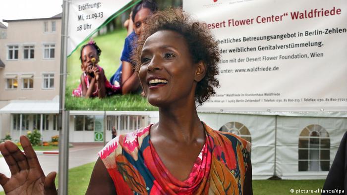 Waris Dirie, somalische Bestsellerautorin (Wüstenblume) und gegen Aktivistin Genitalverstümmelung (Foto: Stephanie Pilick / dpa)