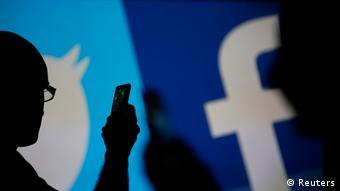 Simboli za Twitter i Facebook