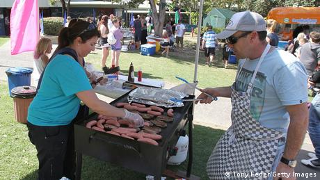 A sausage sizzle on election day, September 7, 2013, in Gosford, Australia (Photo: Tony Feder)