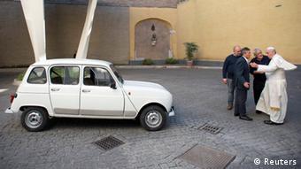 Новая старая машина папы римского