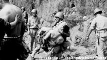 Bildbeschreibung: Portugiesischen Soldaten in Angola Wann wurde das Bild gemacht: 1962 Wo wurde das Bild aufgenommen: Archiv: casacomum.org/Arquivo Mário Soares Angeliefert von Madalena Sampaio am 13.9.2013