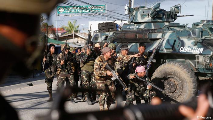 Army troops in Zamboanga drive back MNLF fighters