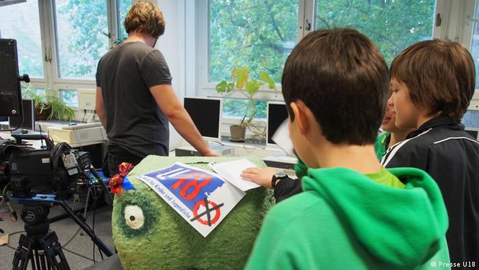 Djeca na glasanju u jednoj berlinskoj školi prošle godine