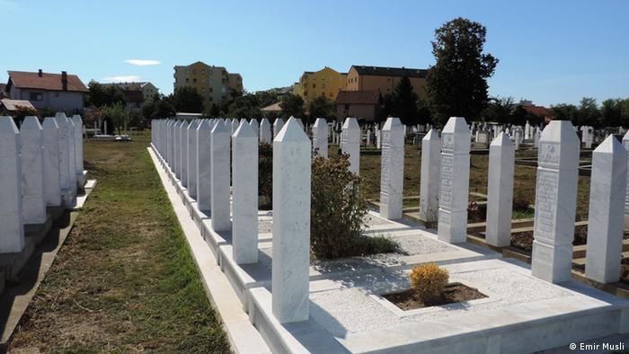 Mezarje žrtava rata Lipić-Selimovići u Bijeljini