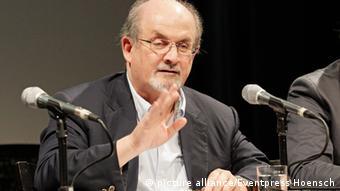 Salman Rushdie durante una conferencia de prensa en Berlín.
