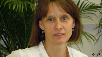 Η Μπάρμπαρα Χόφμαν από το Ινστιτούτο Λάιμπνιτς: προσοχή στα μικροσωματίδια
