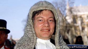 Geoffrey Robertsonin legal attire. Universal Pictorial Press Photo CGL 259266 02.04.1988