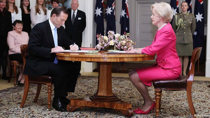 Tony Abbott sworn in as new Australian prime minister