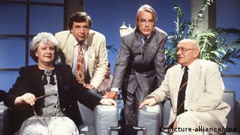 Die Kritiker des Literarischen Quartett (1991, v. l.): Sigrid Löffler, Hellmuth Karasek, Ulrich Greiner und Marcel Reich-Ranicki (Foto: picture-alliance/dpa)