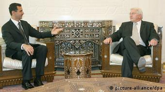 Bundesaußenminister Frank-Walter Steinmeier trifft am 4.Dezember 2006) in Damaskus den syrischen Staatspräsidenten Baschar al-Assad (Foto: Tim Brakemeier dpa/lbn/dpa)