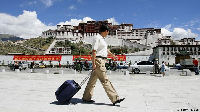 Tibet Tourismus Tourist Massentourismus Lhasa (Getty Images)