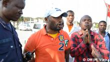 Proteste gegen die Regierung Angolas II Beschreibung: Polizei hindert Bürger an der Abhaltung einer Demonstration in Luanda Ort: Luanda/Angola Datum: 19.09.2013 Autor: Manuel Vieira (DW Mitarbeiter)